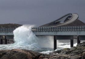 Atlanterhavsveien indrukwekkende kustweg in Noorwegen