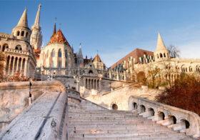 Boedapest een stad in tweeën gedeeld door de Donau