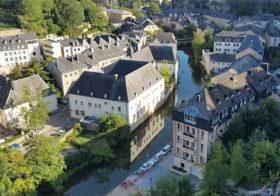 Luxemburg met kastelen en vestingen.