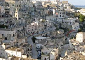 Matera een stad uit rots gehouwen