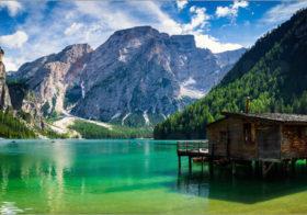 Pragser Wildsee een rondje om het meer.