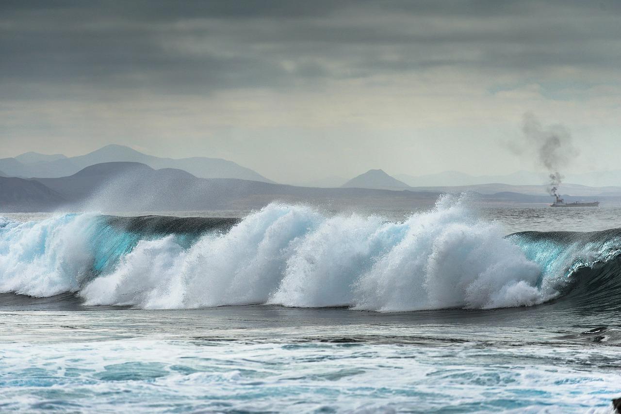 lanzarote wave